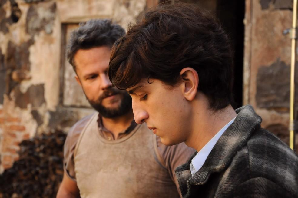 Selton Mello e Johnny Massaro em cena de 'O filme da minha vida' (Foto: Divulgação)