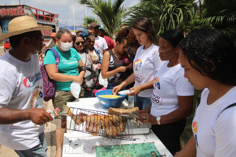 Cidade do PA distribui 1,5 tonelada de peixes em meio à baixa na venda após casos suspeitos de 'doença da urina preta'