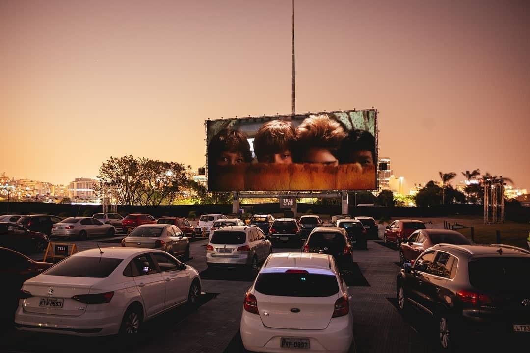 Fim de semana no Rio tem exibição de filmes e torneio de surf em formato drive-in