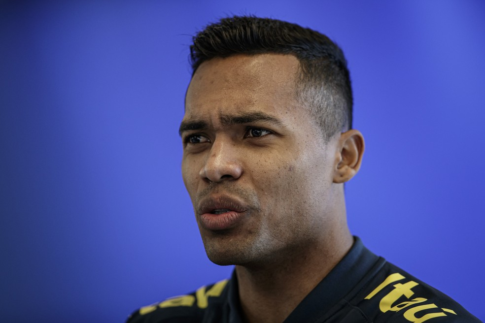 Alex Sandro será o camisa seis do Brasil nos amistosos — Foto: André Mourão / MoWA Press