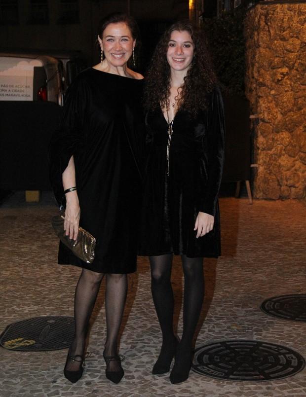 Lilia Cabral e a filha, Giulia Figueiredo (Foto: Wallace Barbosa/Agnews)