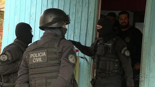 Polícia faz operação contra quadrilha de roubo de carros comandada de dentro da cadeia no RS
