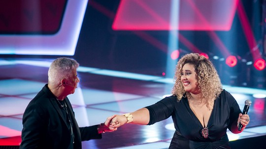 Ana Cigarra, do 'The Voice Brasil', leva a vida como modelo plus size