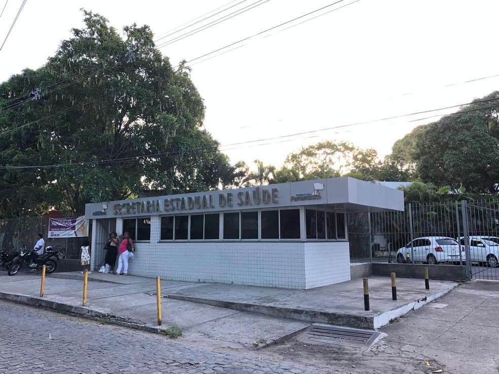 Secretaria Estadual de Saúde de Pernambuco fica no Bongi, na Zona Oeste do Recife — Foto: Pedro Alves/G1