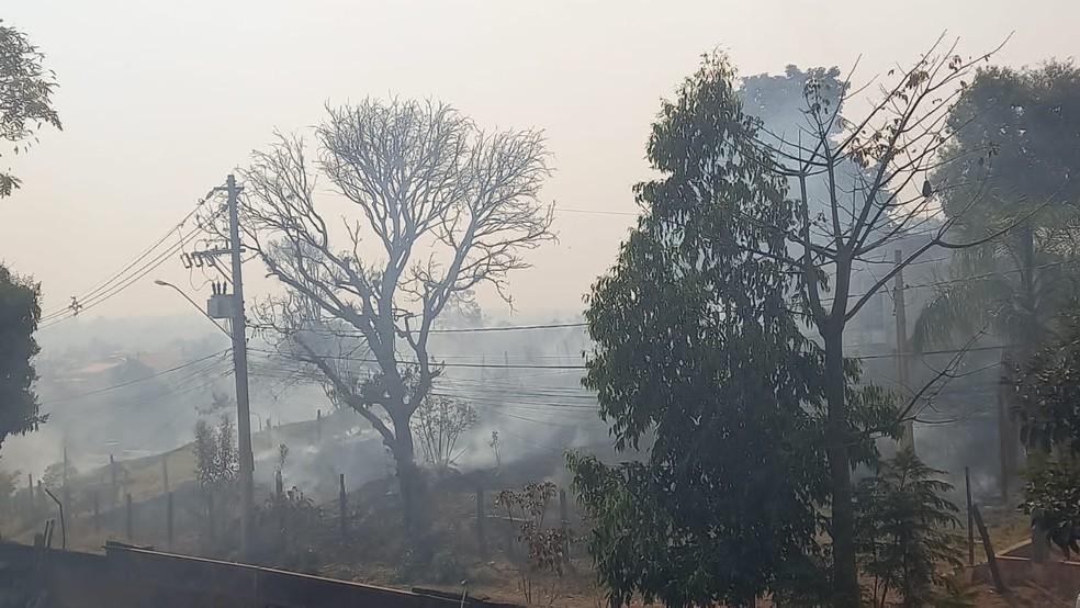 Céu com fumaças por consequência das queimadas na cidade de Votorantim — Foto: Arquivo Pessoal
