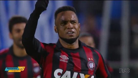 """C. Alberto quer jogar até os 37 e vê Atlético-PR forte na Libertadores: """"Título que me falta"""""""