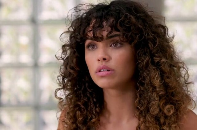 Giovana Cordeiro é Moana (Foto: TV Globo)