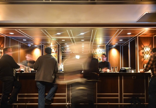 hotel - check in - bar - serviços (Foto: Pexels)