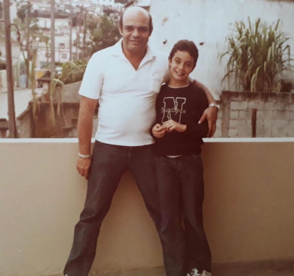 Marcelo Médico presta homenagem ao pai, seu Genival, nas redes sociais — Foto: Reprodução/Instagram