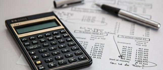 Calculo, calculadora, contas, impostos, juros, refis (Foto: Pixabay)