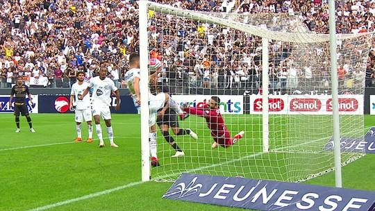 Dois empates e uma vitória para cada: Santos e Corinthians estão iguais no ano; veja todos os gols