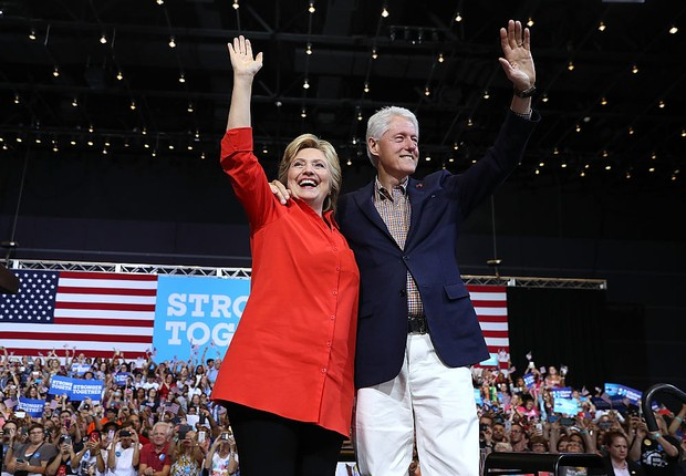 Hilary e Bill Clinton  (Foto: Justin Sullivan/Getty Images)