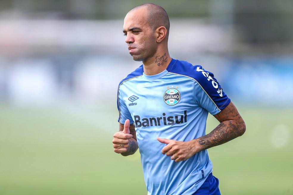Tardelli já fez o primeiro treino com a camisa do Grêmio — Foto: Lucas Uebel/Divulgação Grêmio