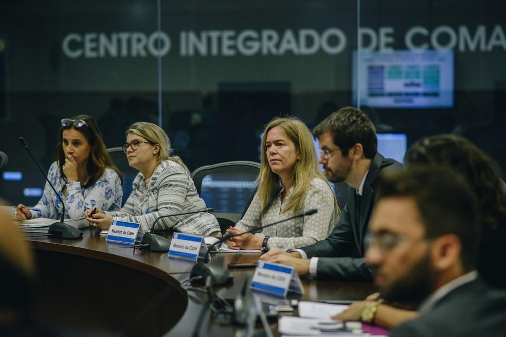 Encontro de integrantes da Comissão Interamericana de Direitos Humanos com integrantes do Gabinete de Intervenção Federal no Rio de Janeiro — Foto: Christian Braga / Farpa / CIDH