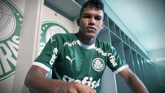 Com a 7 de Dudu e Cristiano Ronaldo, Gabriel Veron sonha em jogar com ídolo no Palmeiras