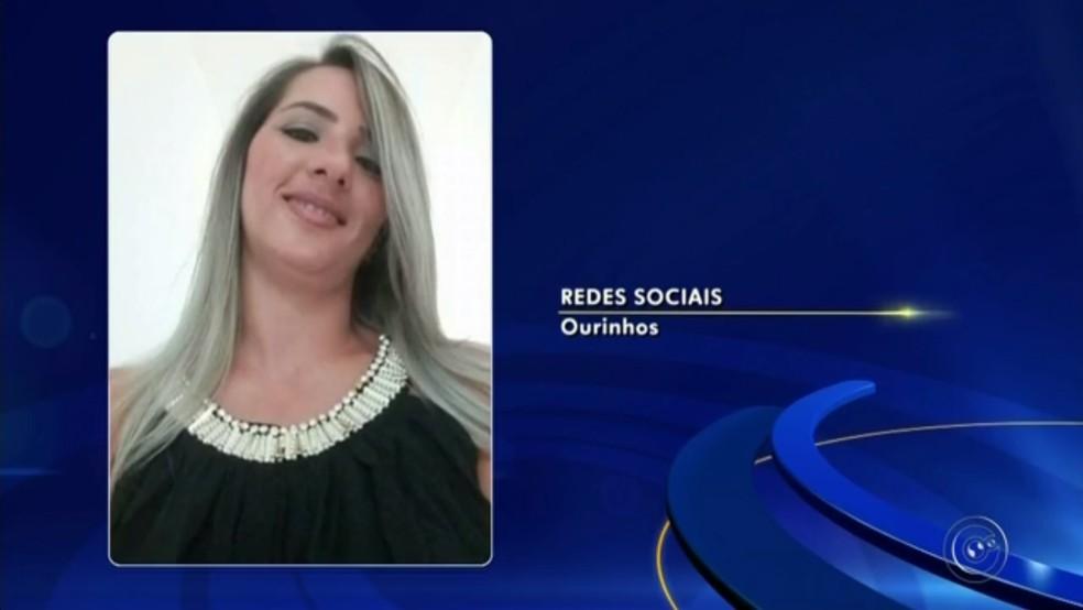Mulher morre apos ser baleada por ex-marido policial após perseguição de carro em Ourinhos (Foto: Reprodução/TV TEM)