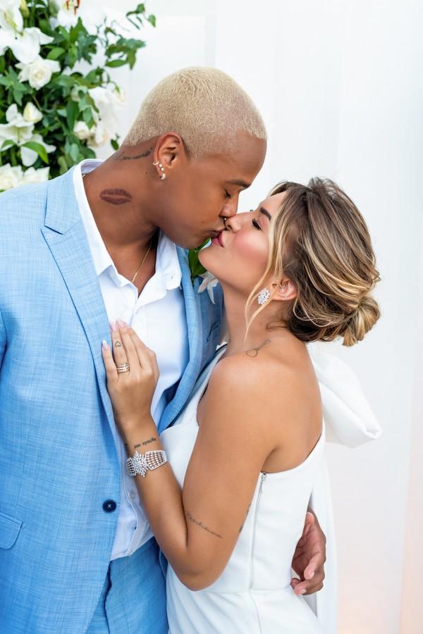 Léo Santana e Lorena Improta se casam  (Foto: @estudioenzo)