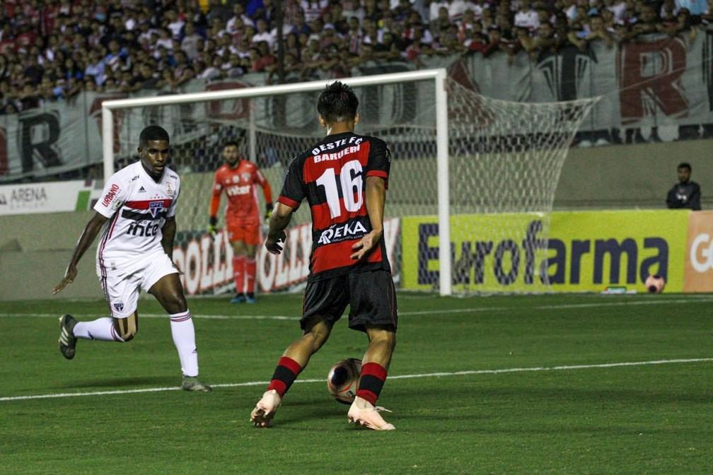 Reifit marcou o gol da vitória do Oeste contra o São Paulo p — Foto:  Guilherme Martinez Drovas