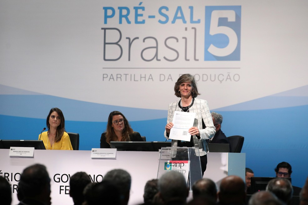 Carla Lacerda, presidente da Exxon Mobil Brasil, que arrematou p Bloco Titã em leilão da ANP — Foto: Pilar Olivares/Reuters