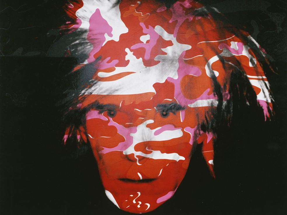 "Auto-retrato de Andy Warhol, uma das peças exibidas na mostra ""Hide/Seek: Difference and Desire in American Portraiture"" (Foto: AP )"