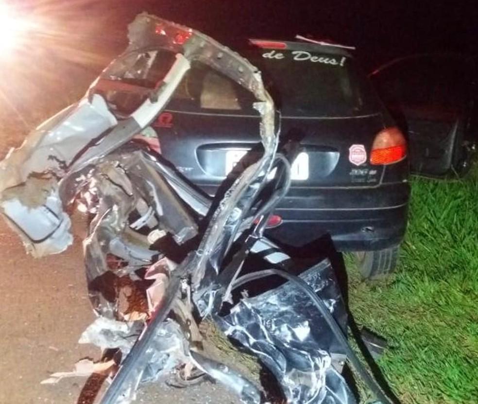Acidente aconteceu na madrugada do Ano Novo (1º) na Rodovia David Eid (SP-381) — Foto: J. Serafim/Divulgação