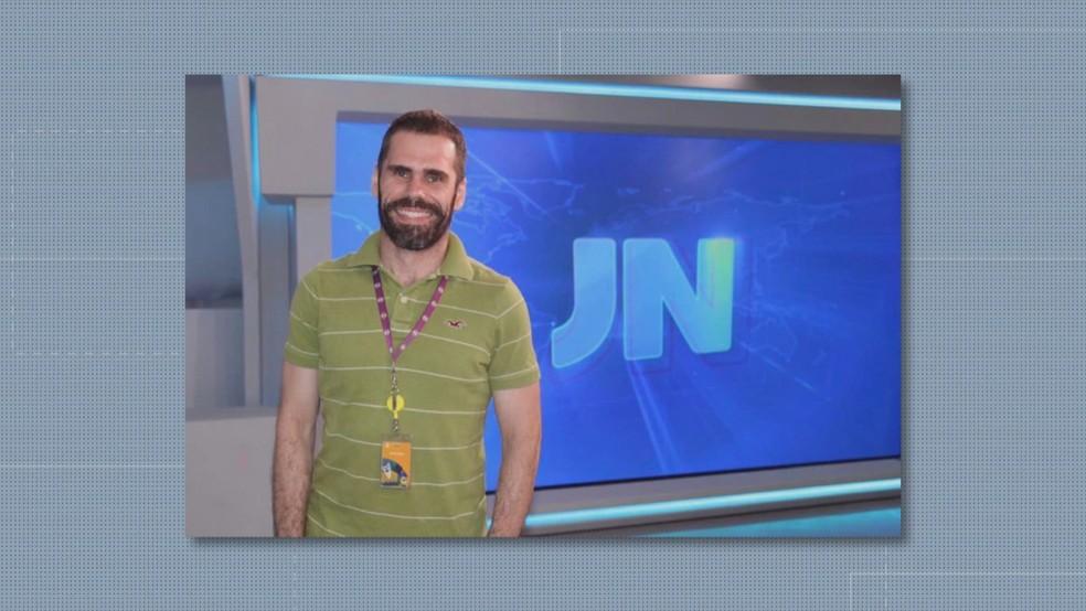 Resultado de imagem para jornalista da Globo em Brasília, João Cláudio Netto Estrella morre aos 38 anos