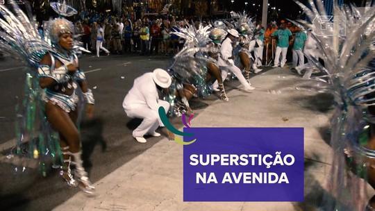 Reza, mandinga, superstição: veja como componentes 'pedem proteção' antes de desfiles na Sapucaí