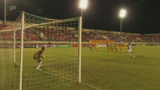 Náutico contrata atacante Neto Pessoa para disputa da Série C