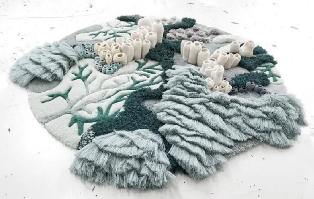 Tapete artesanal e sustentável inspirado nos oceanos (Foto: Vanessa Barragão/Reprodução)