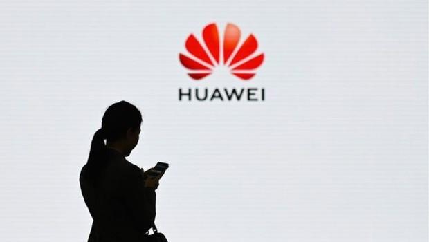 O governo americano acasou a Huawei de risco de espionagem, o que a empresa nega (Foto: Getty Images via BBC News Brasil)
