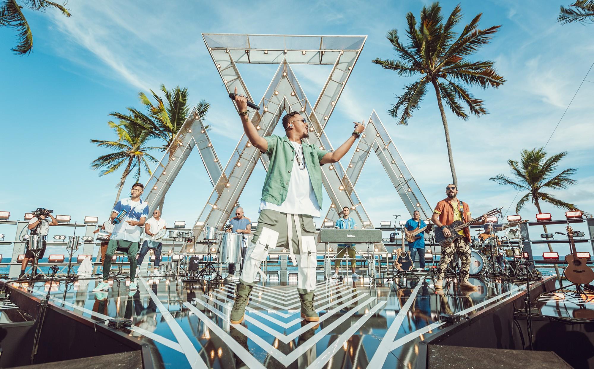 Sorriso Maroto aposta na mistura de pagode com trap no sétimo e último single de álbum ao vivo