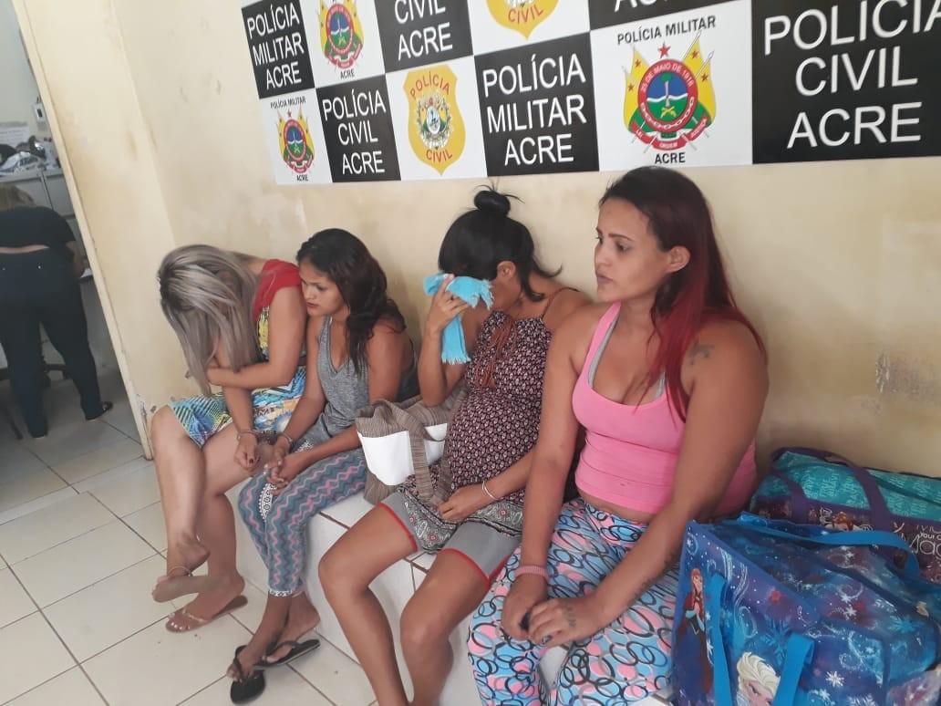 Cinco mulheres são flagradas tentando entrar em presídios do Acre com drogas