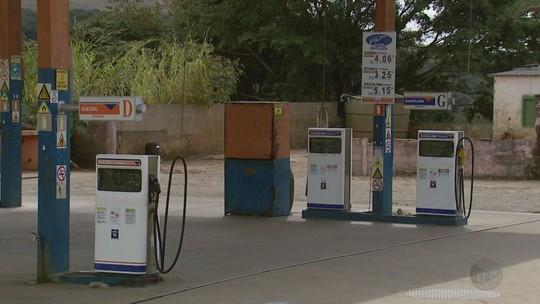 Dois dias após fim de paralisação na região, moradores de Luminárias ainda não têm combustível