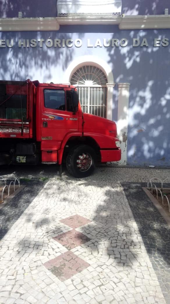 Homem morre atropelado pelo próprio caminhão em Mossoró