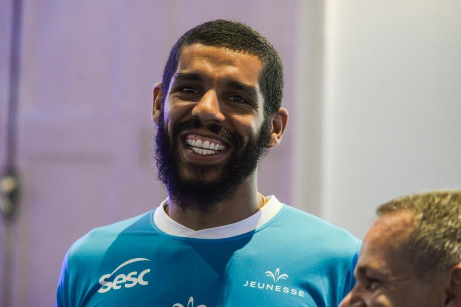 Wallace fará estreia com a camisa do Sesc RJ na Superliga
