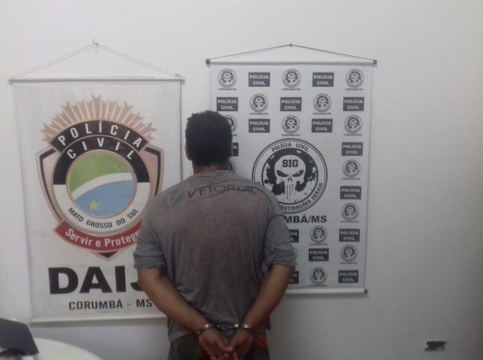 -  Pai do menino de 3 anos preso por suspeita de estuprar próprio filho  Foto: Polícia Civil/Divulgação