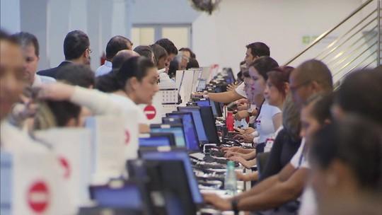 Setor de serviços sobe 0,8% em julho e recupera perdas
