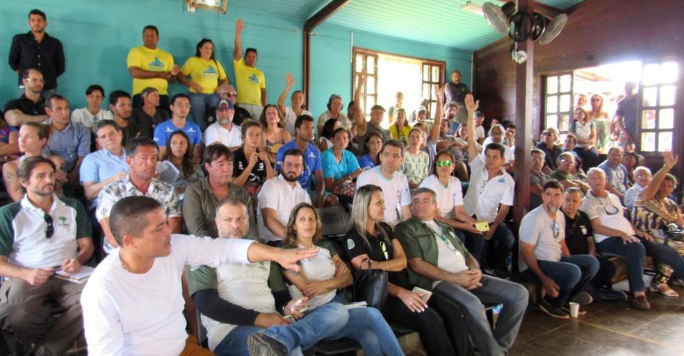 Moção de apoio a José Martins foi votada durante reunião do Conselho Gestor do Núcleo Integrado do ICMBio — Foto: Ana Clara Marinho/TV Globo