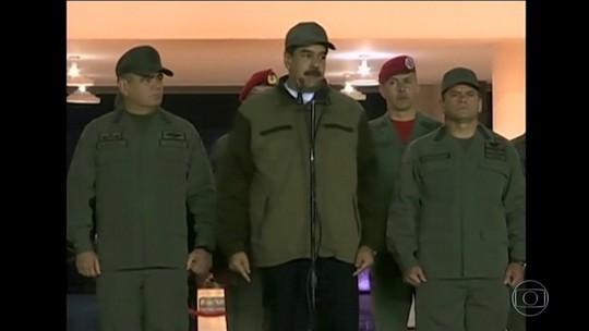 Na Venezuela, Maduro aparece na TV com soldados para demonstrar força