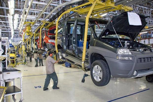 Fábrica Fiat Brasil, linha de montagem (Foto: Divulgação)
