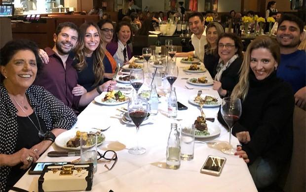 Duda Nagle reúne amigos e familiares ao celebrar 35 anos (Foto: Reprodução/Instagram)