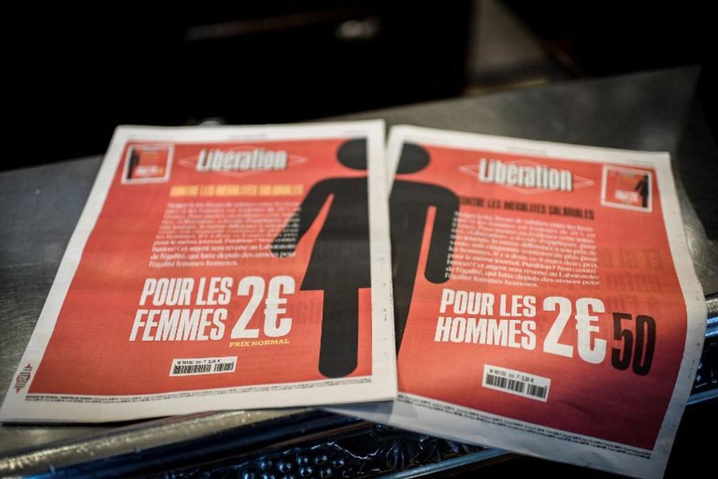 Foto mostra as duas capas diferentes do jornal francês 'Libération' em homenagem ao Dia da Mulher. Homens pagarão 50 centavos de euro a mais por cada unidade (Foto: Stephane de Sakutin / AFP)