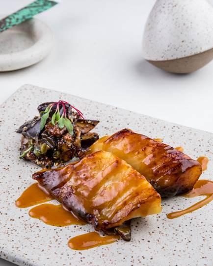 Black cod no missô: receita do chef Renato Araújo, do Gurumê