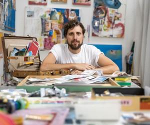 Artista Alexandre Furcolin faz estreia brasileira em livro da Louis Vuitton; Confira