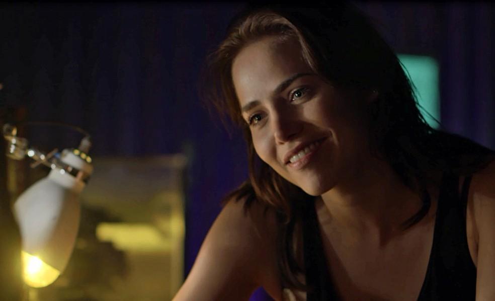 Rosa diz que tem certeza de que o ex ainda a deseja (Foto: TV Globo)
