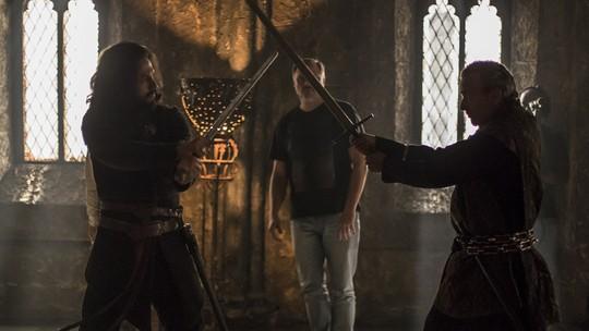 'Deus Salve o Rei': confira o making of da cena em que Afonso salva Catarina do casamento com Otávio