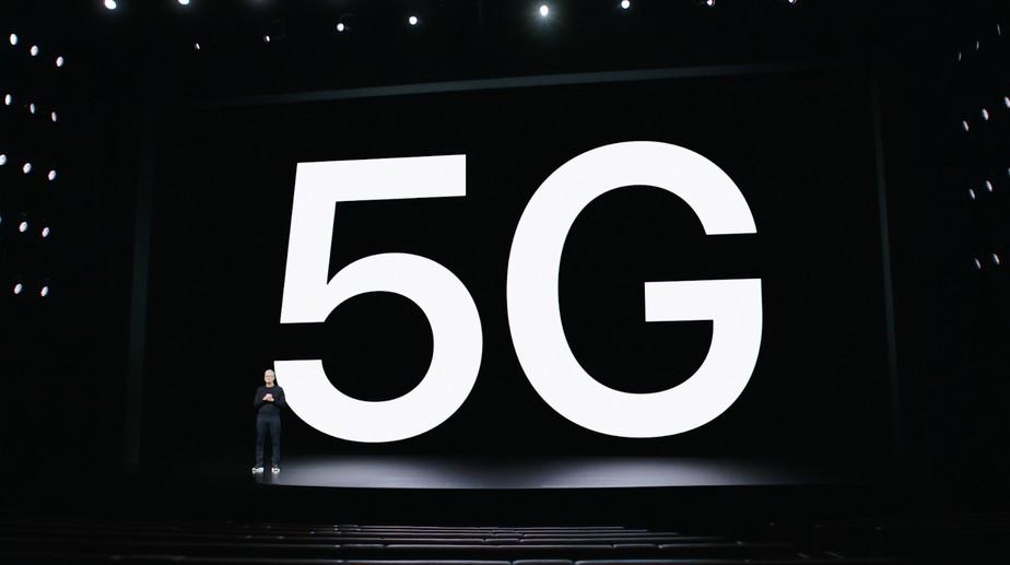 iPhone 12 com 5G fica atrás de celulares Android em teste de bateria
