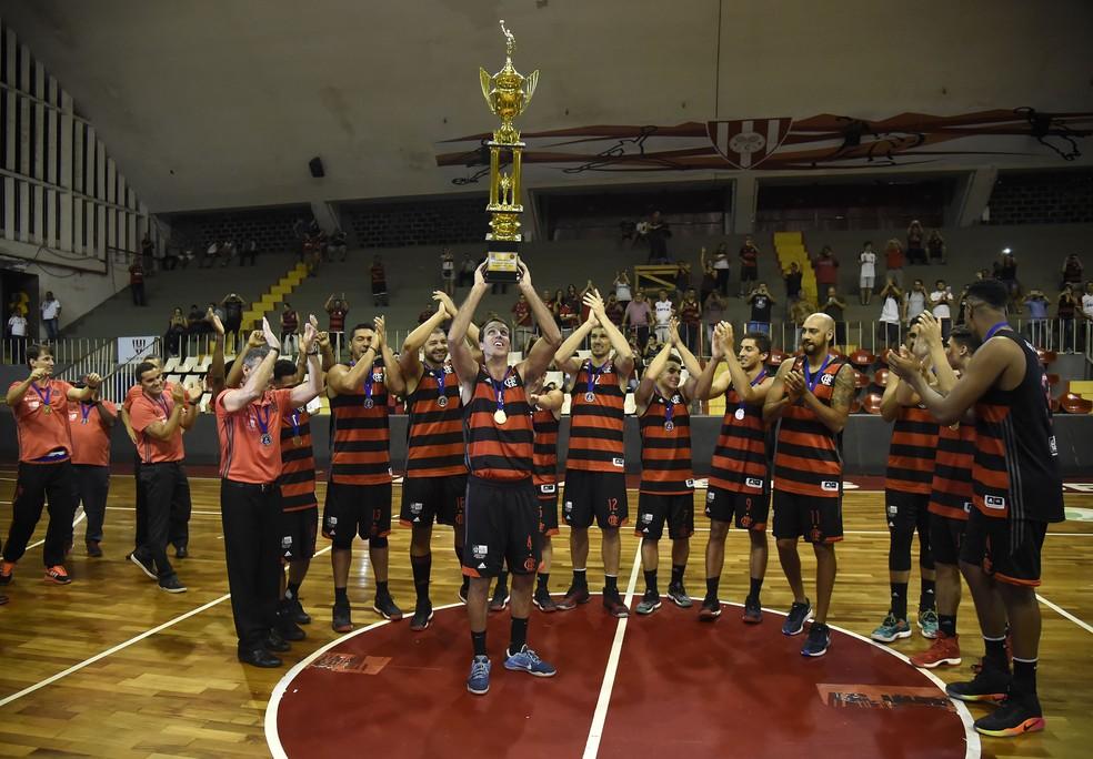 Flamengo foi campeão estadual de basquete por WO na última temporada (Foto: André Durão)