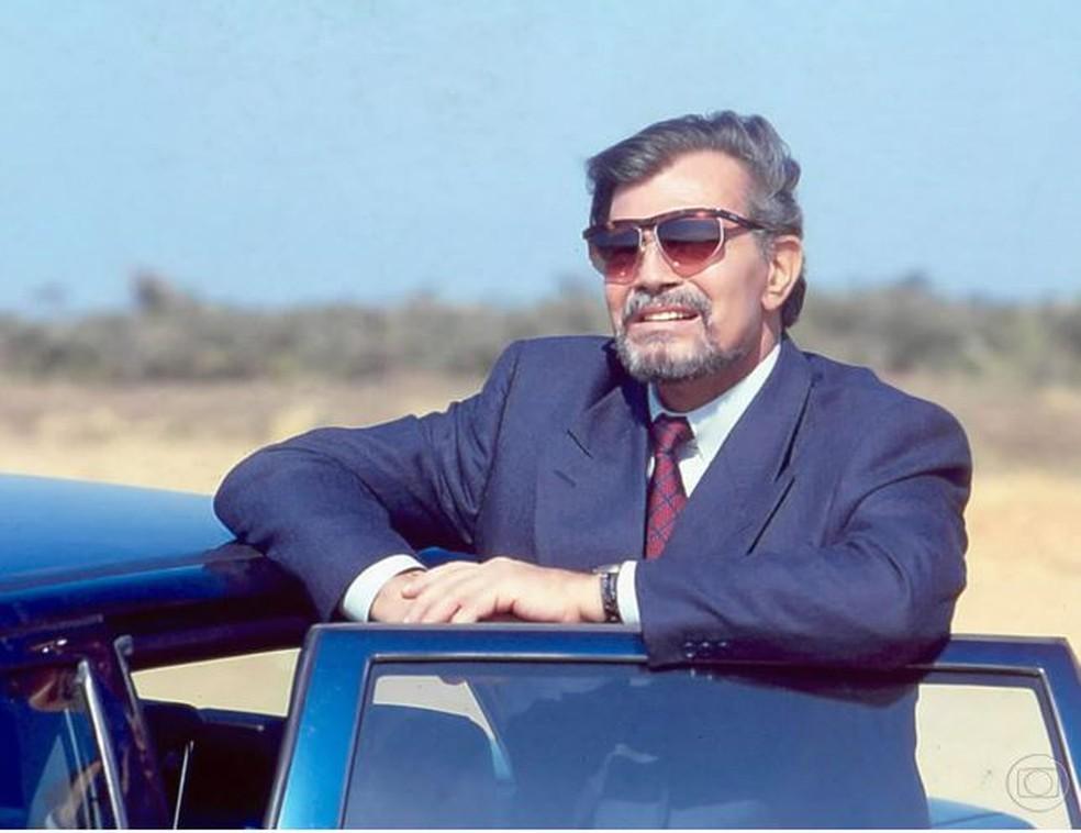 O ator Tarcísio Meira interpretou Raul Pelegrini em 'Pátria Minha' — Foto: Reprodução/Memória Globo
