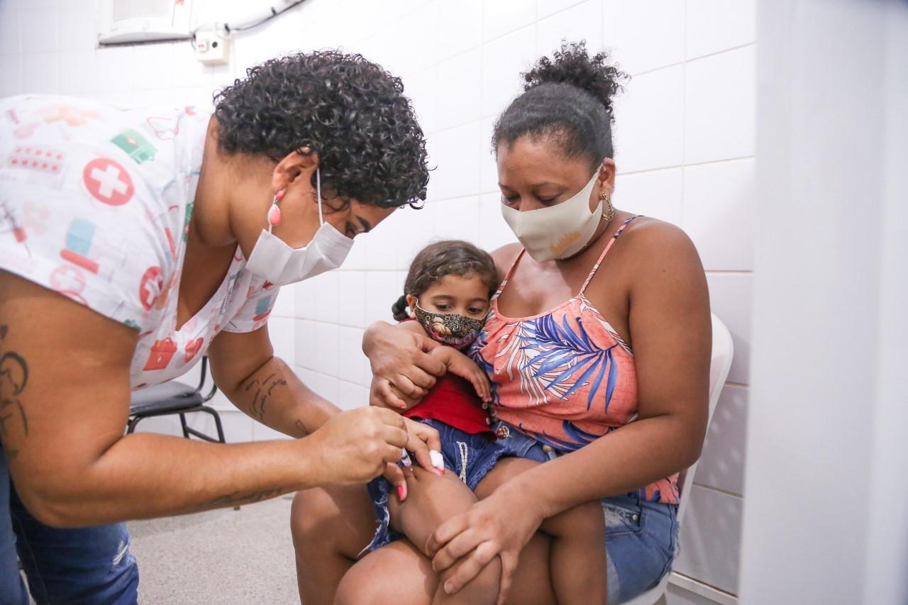 Rio Preto e Araçatuba realizam 'Dia V' de vacinação neste sábado